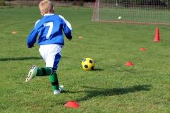 football-3715881_1920